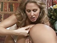 Victorian lip lickers Julia Ann and Zoe Britton spread and lick their hot twats