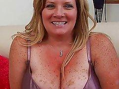 Fat pale blonde momma sticks huge sex toy up ger taco