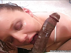 Amy Gives An Amazing Blow Job!