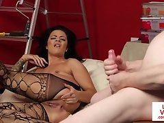 British babe instructs sub guy to wank