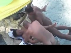 Couple tries 3some sex on Beach