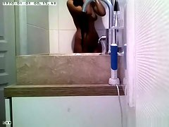 Indian chick spied in bathroom washing