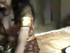 Deshi Couple Sex Video in Honeymoon