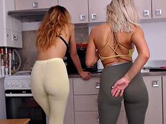 Hot Lesbians Porn Videos