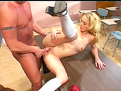 Seductive blonde with nice ass giving steamy blowjob before getting throbbed missionary in close up shoot