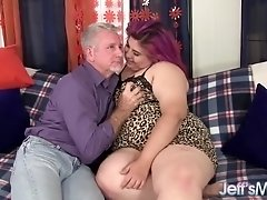 Mariah Mercy - Sexy BBW Mariah Mercy gets fucked hard