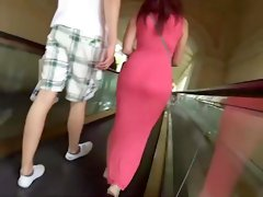 Curvy girl accidentally dropped her purse