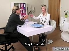 Female agent toys blonde amateur babe on casting